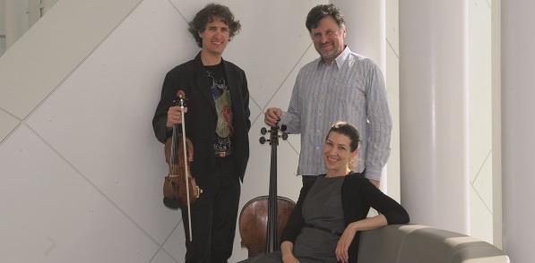 Joseph Haydn: Trio für Flöte, Violoncello und Klavier